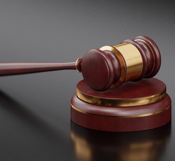 Do lawyers need malpractice insurance?