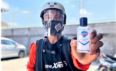 Safeguard Equips Shopee Xpress Riders Nationwide With Sanitizers